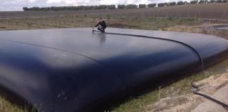Rezervor flexibil pentru lichide